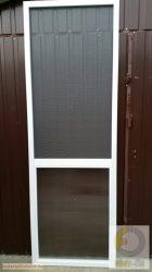 6. Polikarbonát betéttel ellátott szúnyogháló ajtó (zsanéros, nyíló) - egyedi méretre gyártott (összeszerelt)