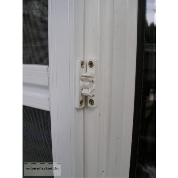 5. Polikarbonát betéttel ellátott szúnyogháló ajtó (zsanéros, nyíló) - egyedi méretre gyártott (összeszerelt)