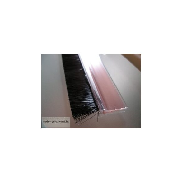7. Kefés ajtószigetelő - átlátszó (transzparens)